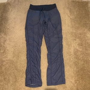 The North Face women's pants small